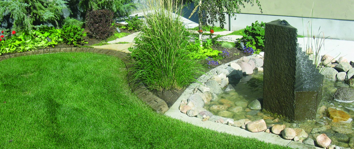 Landscape Curbing in Flower Beds